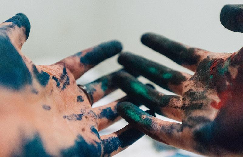 How To Get Tie Dye Off Your Hands >> 5 Effective Ways To Get Tie Dye Off Your Skin Hands Uv Hero